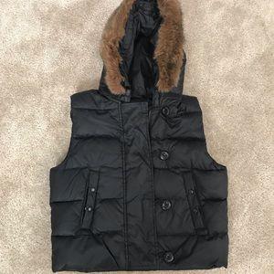 Gap black vest with hood